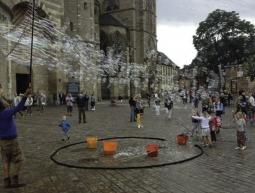 Bombolles d'alegria a l'antiga ciutat romana de Trier